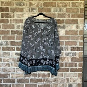 Avenue Three Toned Floral Printed Blouse 30/32